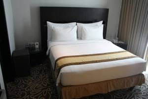 Swiss-Belhotel Balikpapan - Business Suite