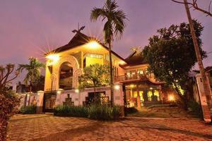 Balai Melayu Museum Hotel Yogyakarta - Tampilan Luar