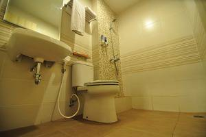 Sofyan Inn Rangkayo Basa - Hotel Halal Hang Tuah - Kamar mandi