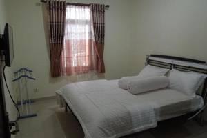 Manzila Guest House Bandung - Standard Room