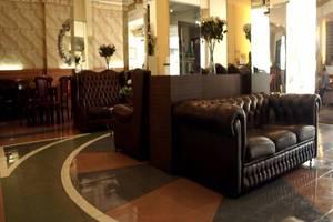 Andita Syariah Hotel  Surabaya - Lobi