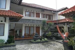 Hotel Puri Larasati