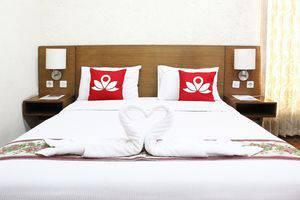 ZEN Premium K. H. Moh Toha Ciawi - Tampak tempat tidur double