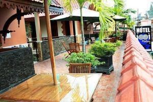 Hotel 1001 Malam Yogyakarta - Balcony