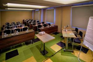 Kyriad Pesona Hotel  Surabaya - Ruang Meeting