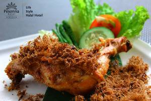 Kyriad Pesona Hotel  Surabaya - Ayam goreng lengkuas