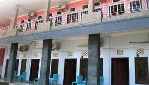 Hotel Queen Lombok - Exterior