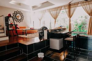18 Suite Villa Loft Bali - Sofa style living room