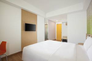 Zest Hotel Yogyakarta - Suasana dalam kamar