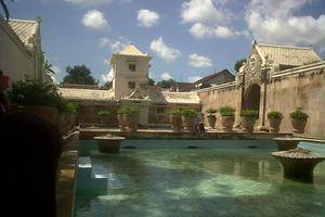 Zest Hotel Yogyakarta - Pemandian Tamansari