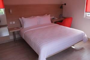 Hotel Cikini Jakarta - Kamar tamu