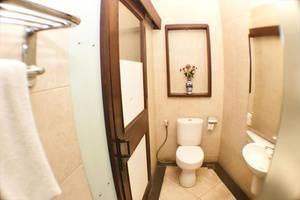 Hotel Utari Dago Bandung - Deluxe Bathroom