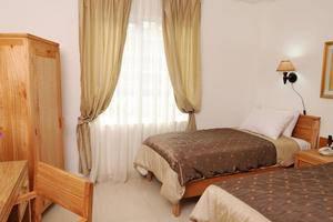 La Nostalgie Guest House Bandung - Kamar Standard