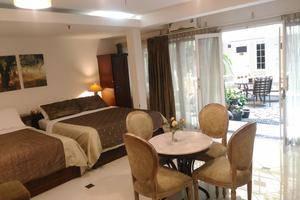 La Nostalgie Guest House Bandung - Family Room