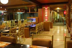 Aston Tropicana Bandung - Restaurant