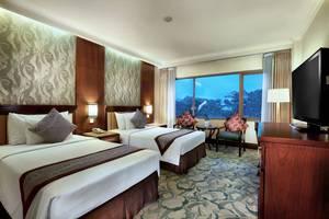 Aston Tropicana Bandung - Kamar Premier - Twin Bed