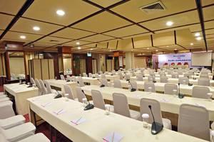Elmi Hotel Surabaya - Class Room Style