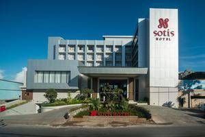 Sotis Hotel Kupang - Front View
