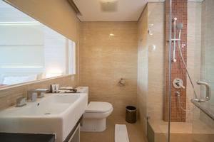 Sotis Hotel Kupang - Standart Bathroom