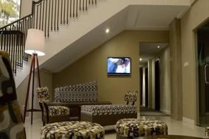 Ayola Tasneem Hotel & Convention Jogja - Lobi