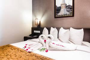 Ayola Tasneem Hotel & Convention Jogja - Honeymoon set up
