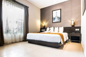 Ayola Tasneem Hotel & Convention Jogja - Deluxe Room