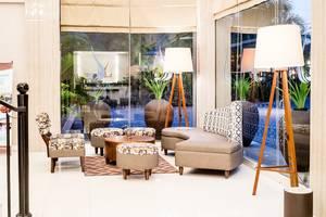 Ayola Tasneem Hotel & Convention Jogja - Lobby