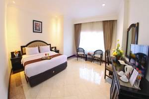 Hotel Sutomo Makassar - Deluxe King