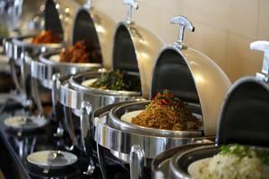 Amaris Hotel Citra Raya Tangerang - Sarapan prasmanan