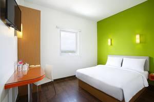 Amaris Hotel Citra Raya Tangerang - Double Bed