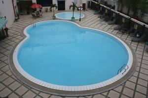 Hotel Royal Victoria East Kutai - Kolam Renang