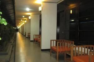 Hotel Serayu Timika Timika - pemandangan malam