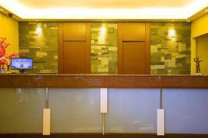 Hotel Mutiara Bandung - Receptionist