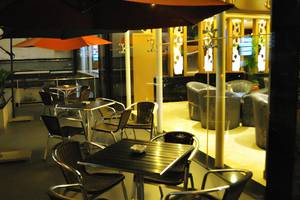 Hermes Palace Hotel Medan - Balkon