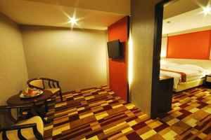 Hermes Palace Hotel Medan - Ruang tamu