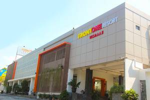 Front One Resort Jogja