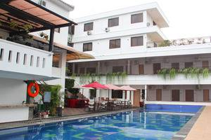 Front One Resort Jogja Yogyakarta - Swimming Pool
