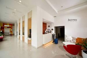 Zuri Express Hotel Pekanbaru - lobi