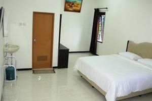 Baliku Guest House Batu - Kamar Superior