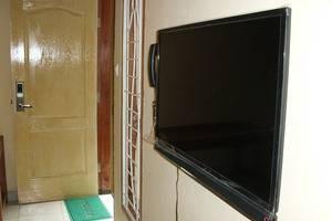 Omah Pelem Syariah Semarang - TV LED 32 inc