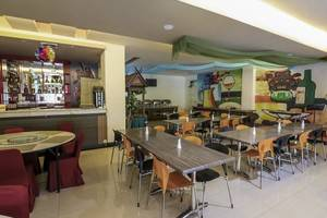 NIDA Rooms Ratulangi 17 Trans Studio Makassar - Restoran