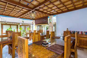 ZEN Premium Ubud Hanoman II Bali - Restoran