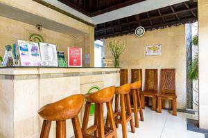 ZEN Premium Ubud Hanoman II Bali - Resepsionis