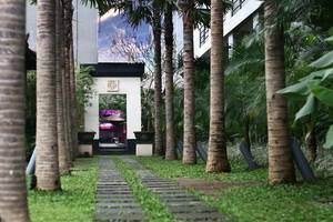 Merak Lifestyle Hotel Denpasar - Taman