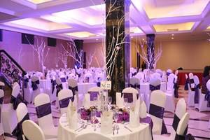 Adhiwangsa Hotel Solo - Ballroom