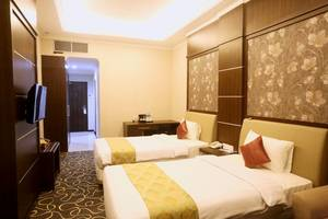 Adhiwangsa Hotel Solo - Deluxe Room Twin Bed