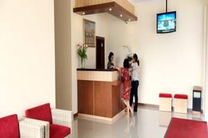 Hotel Dermaga Keluarga Sonosewu
