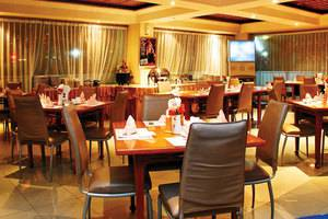 Royal Regal Hotel Surabaya - Restaurant1