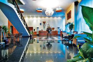 Royal Regal Hotel Surabaya - Lobby1