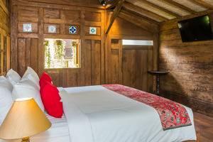 ZEN Premium Ubud Lod Tunduh Bali - Tempat Tidur Double
